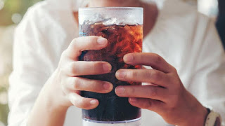 Two glasses of soda a day increase the risk of premature death